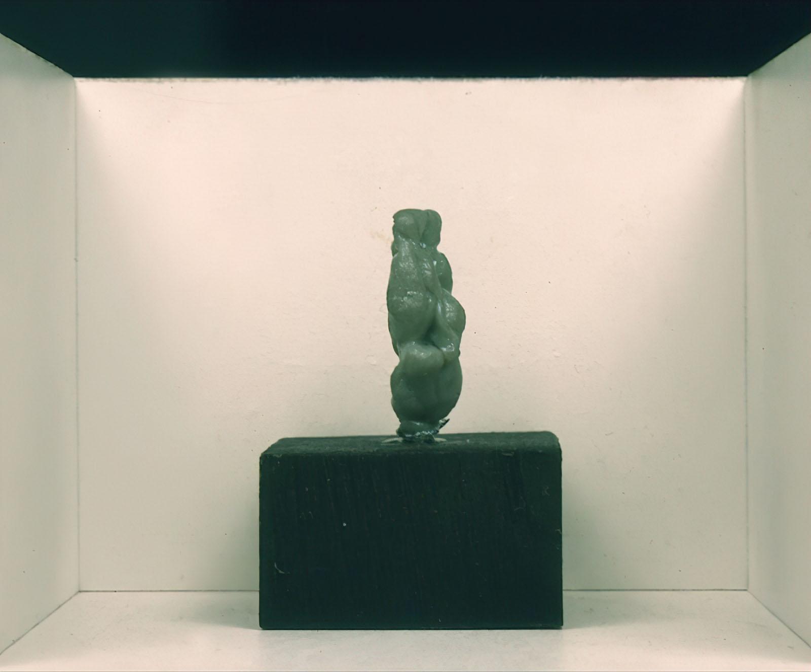 Les Levine - Untitled