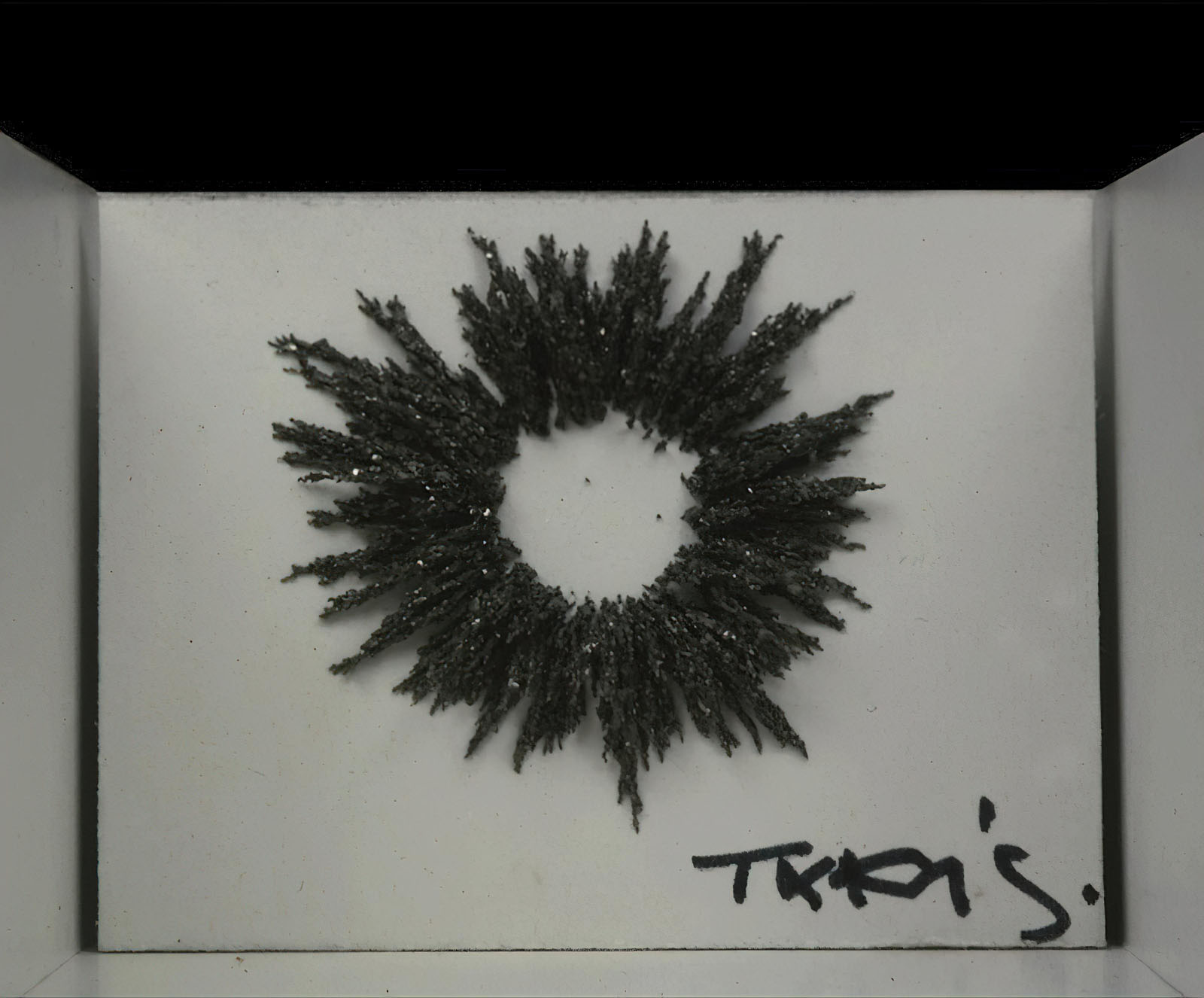 Takis (Vassilakis) - Magnetic Fallout