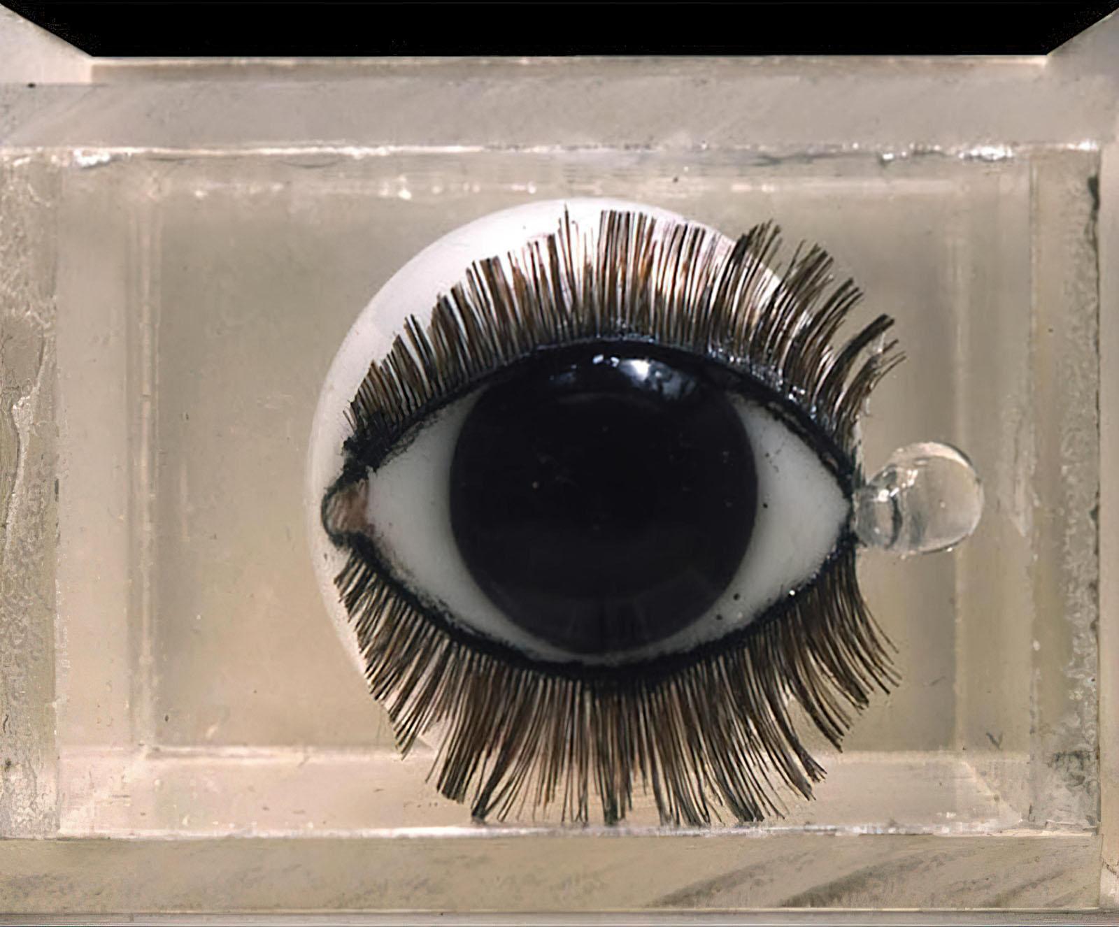 Penelope Slinger - Eye Cry